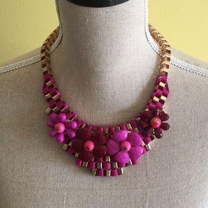 Jewelry - Pink/wine necklace